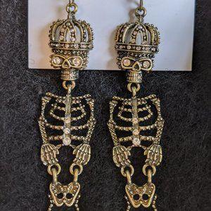 NWT Betsey Johnson Gold Skeleton Earring Halloween